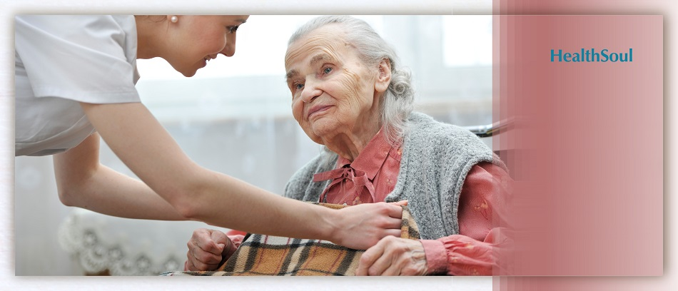 How a Home Care Aide Can Help a Senior in Miami Dade | HealthSoul