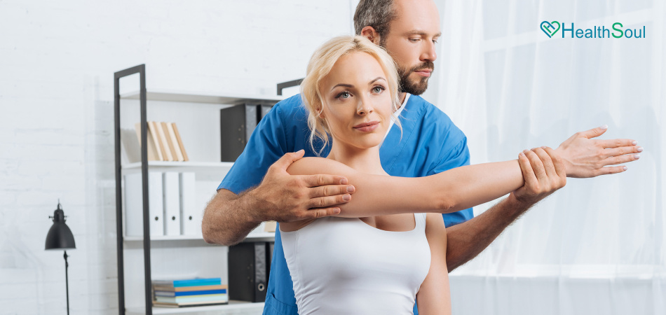 Things to consider when choosing the right chiropractor | HealthSoul