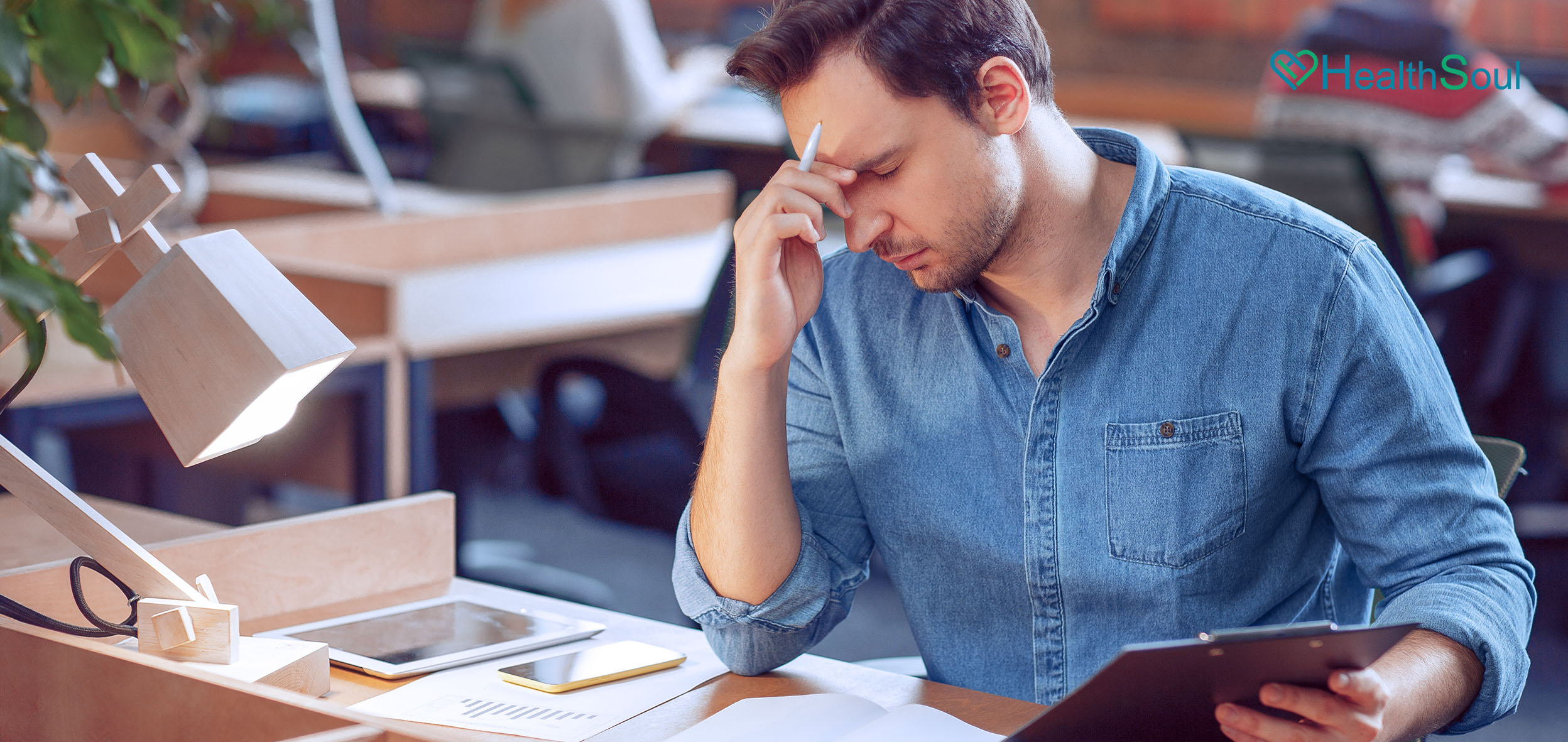 Feeling Tired All The Time? Perfect Tips For Those Who Stay a Long Time At Work | HealthSoul