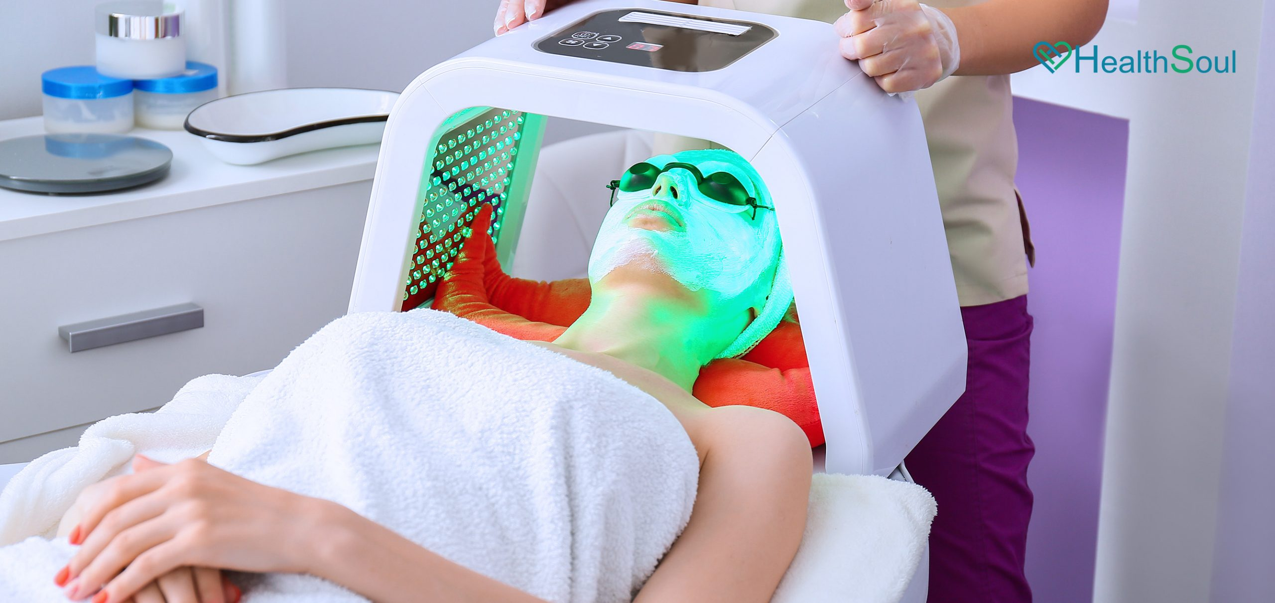 7 Important Things You Need To Know About The Chromotherapy   HealthSoul